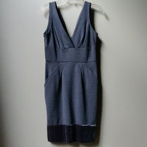 BCBG MAX AZRIA Sleeveless V Neck Dress Gray 6